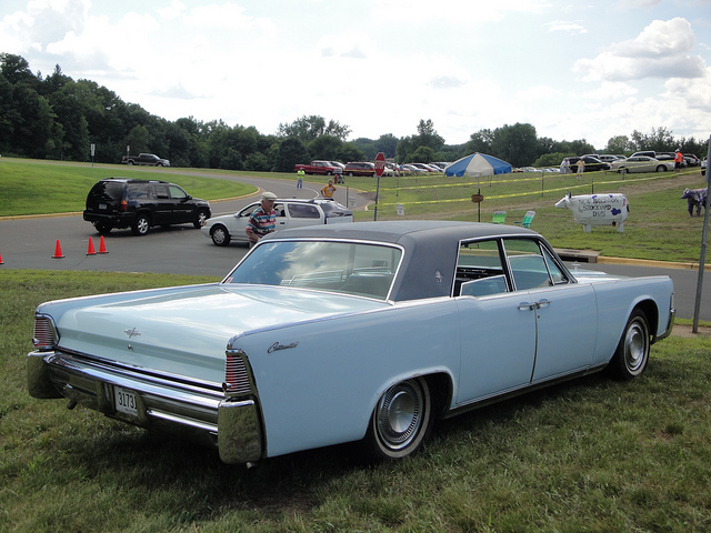 65 lincoln continental rear best movie cars. Black Bedroom Furniture Sets. Home Design Ideas