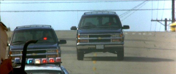 1995 Chevrolet Suburban 2