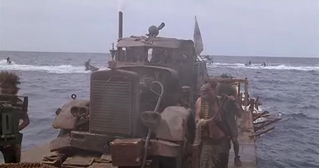 Peterbilt 351, Waterworld 1995
