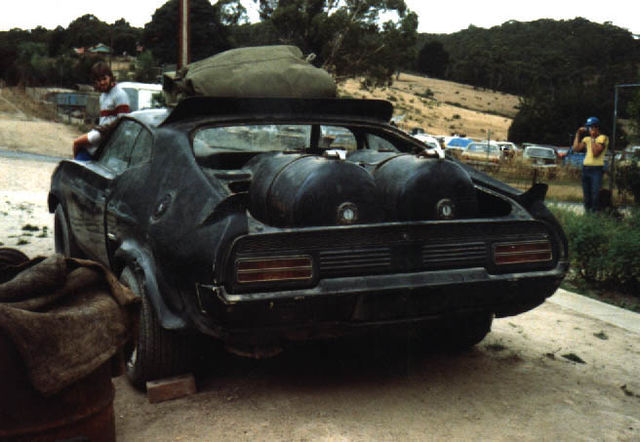 V8 Interceptor, Scrap Yard