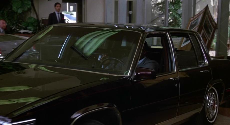 1985 Cadillac Sedan DeVille 2