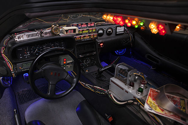 DeLorean Time Machine, interior
