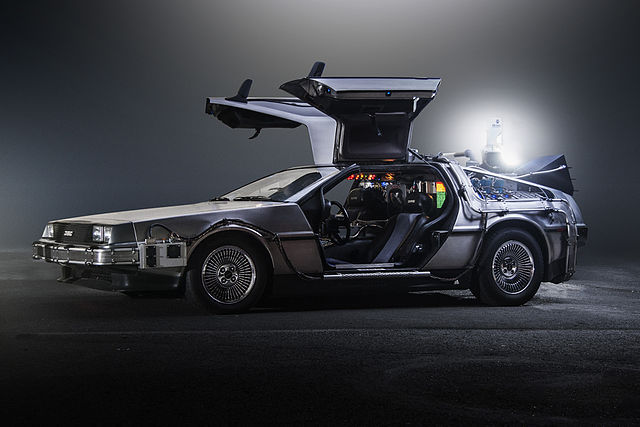 DeLorean, Time Machine