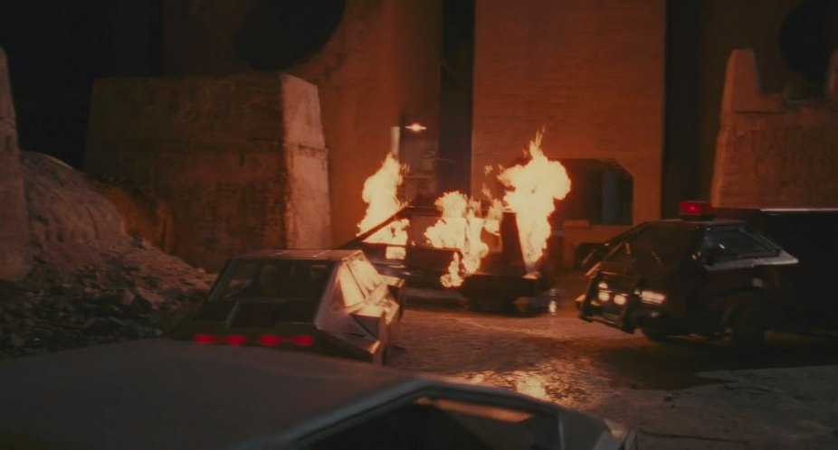 "All Cars in ""Total Recall"" (1990) - Best Movie Cars Charlies Angels 2000"