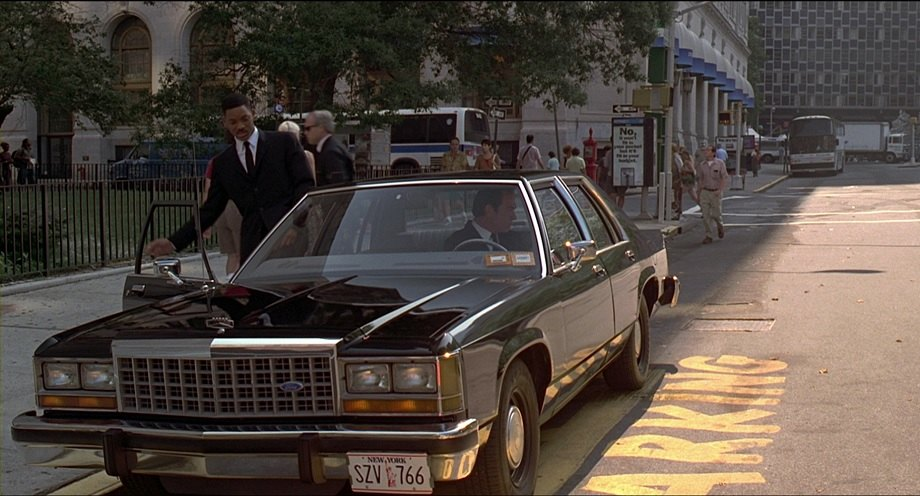 1986 Ford LTD Crown Victoria, Men in Black 1997
