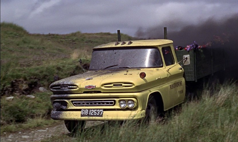 1961 Chevrolet C-30 Apache Stake C3609, From Russia with Love 1963