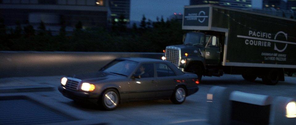 1986 Mercedes-Benz W124, Die Hard 1988