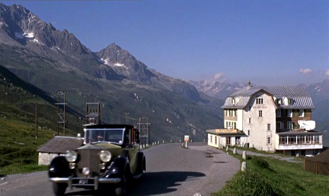 1937 Rolls-Royce Phantom III Barker Sedanca de Ville 3BU168