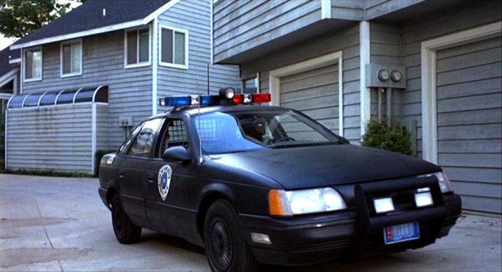 1986 Ford Taurus, RoboCop 1987