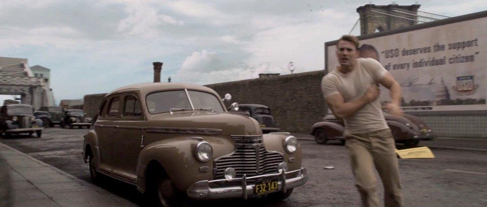 1941 Chevrolet Special De Luxe Sport Sedan AH
