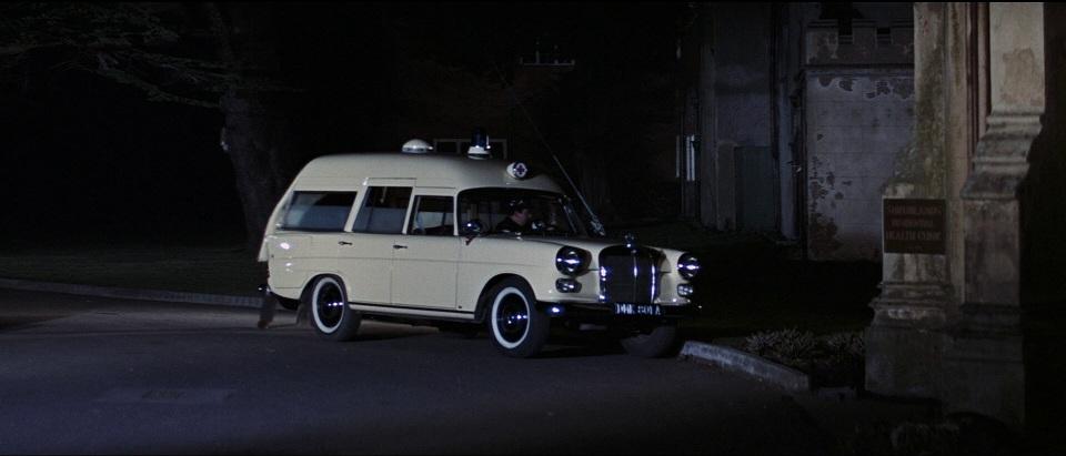 1964 Mercedes Benz 190 Ambulance Binz Europ 1100 W110