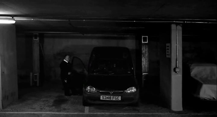 1999 Vauxhall Combo 1.7 D LS Mk I, The Human Centipede II Full Sequence 2011