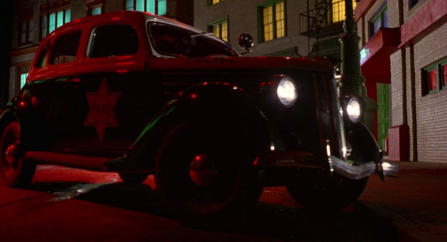 1936 Ford V8 Standard Fordor 68, Dick Tracy 1990