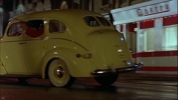 all the cars in dick tracy 1990. Black Bedroom Furniture Sets. Home Design Ideas