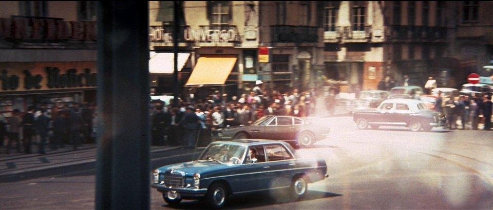 1968 Mercedes-Benz 200 W115