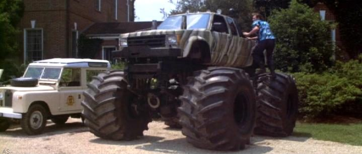 1989 Chevrolet S-10 Monster Truck, Ace Ventura 2 When Nature Calls 1995