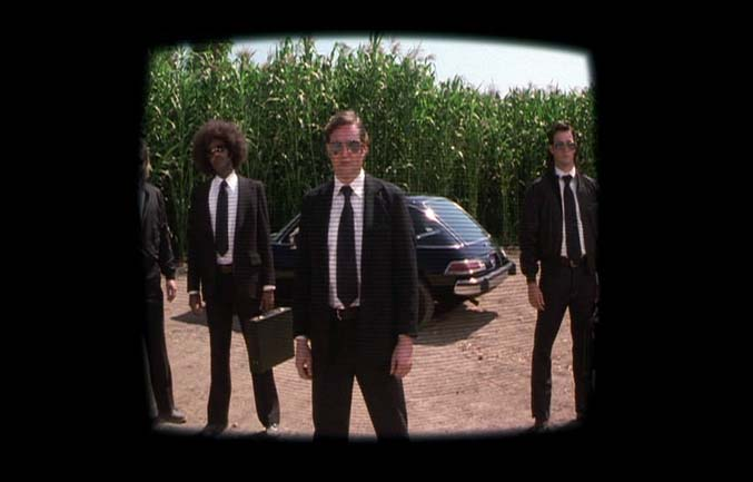 All The Cars In Quot Men In Black 2 Quot 2002