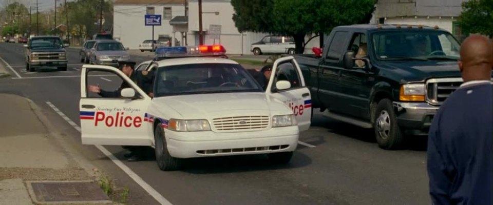 1999 ford crown victoria police interceptor p71 3 best movie cars. Black Bedroom Furniture Sets. Home Design Ideas