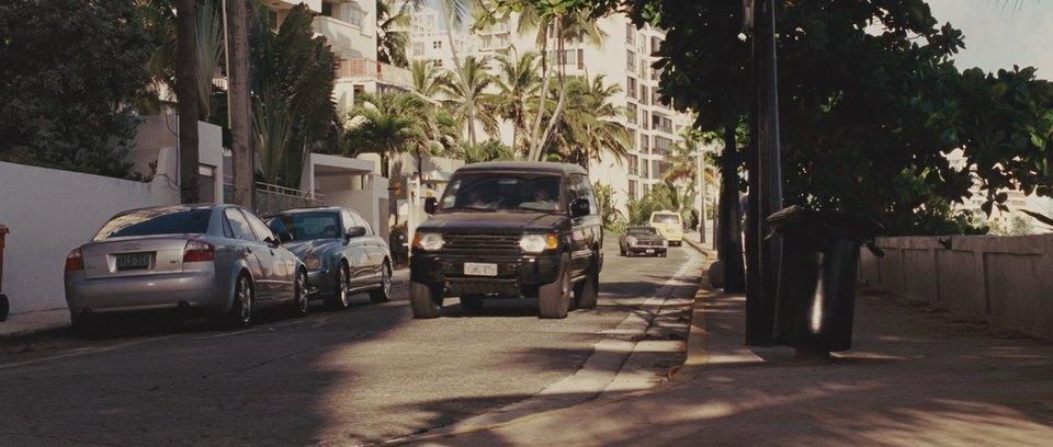 1992 Mitsubishi Montero V40