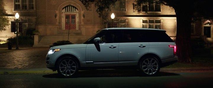 2013 Land-Rover Range Rover Series IV L405, Bad Moms 2016