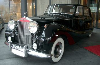 1955 Rolls-Royce Silver Wraith by Hooper