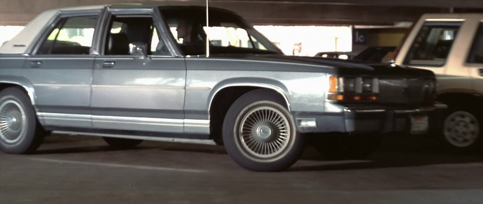 1988 Ford LTD Crown Victoria LX