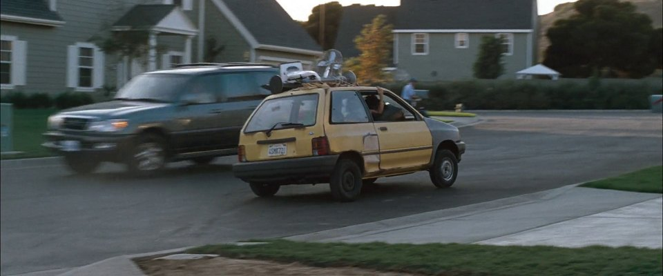 1990 Ford Festiva GL, Fun with Dick And Jane